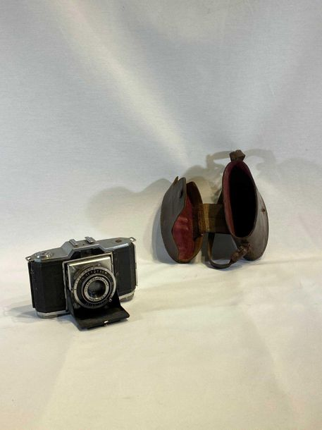Appareil photo ancien en l'état ZEISS IKON IKONIA 522/24 Made in Germany + sacoc…