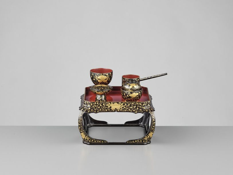 A MINIATURE LACQUER DINING SET Japan, 19th century, Edo period (1615 1868) The s…