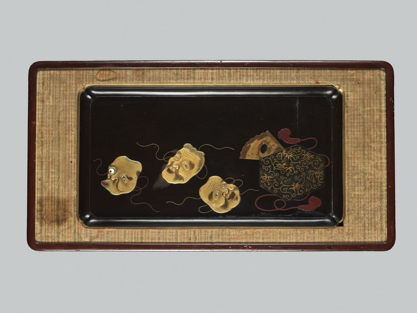 A LARGE LACQUER TRAY MOUNTED AS A WALL PANEL Japan, Taisho period (1912 1926) to…