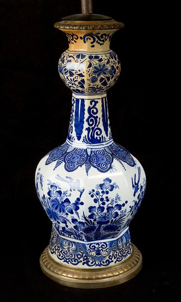 Pair of Delft Vases, later mounted with bronze as table lamps, with not tested e…