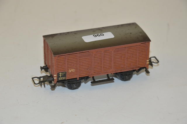 MÄRKLIN 314/2 (1948) wagon citerne gris, cabine de serre freins, inscription mai…