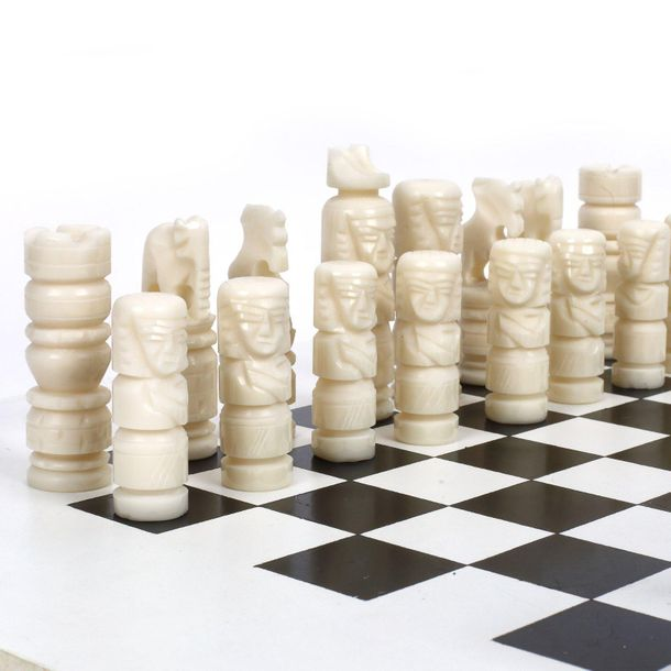 Interesting hexagonal chess game, from Peru, hand carved pieces, composite, plas…
