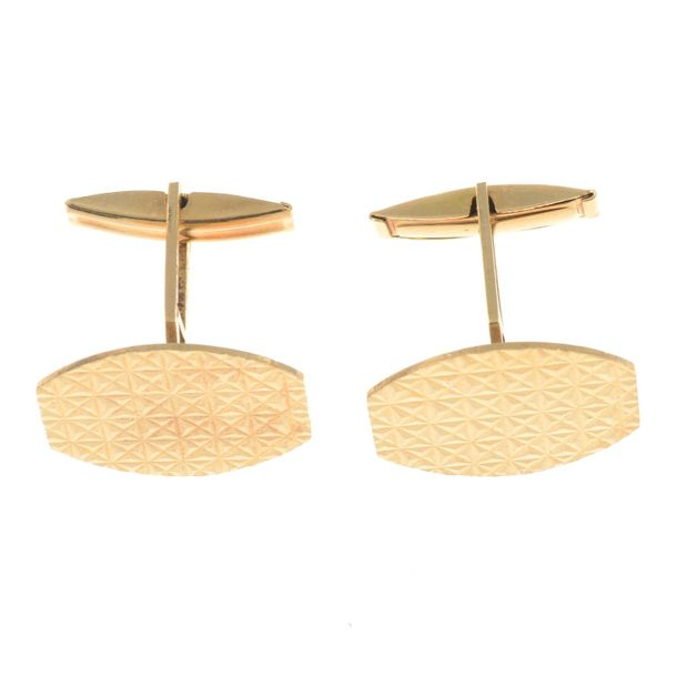A pair of cufflinks.Length of cufflink face 2.1cms. 11.7gms. Overall condition g…