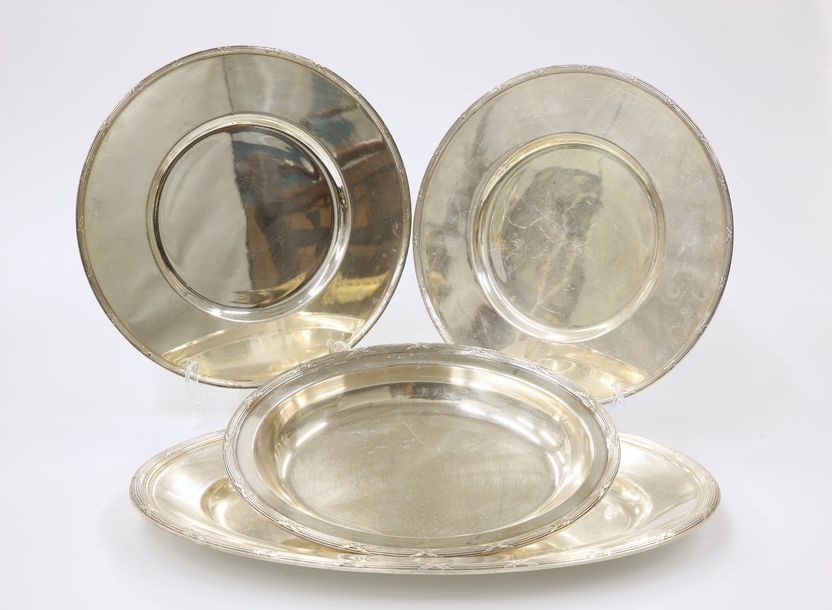 A SERVICE OF CHRISTOFLE TABLE WARES, comprising eight large oval meat dishes, fo…