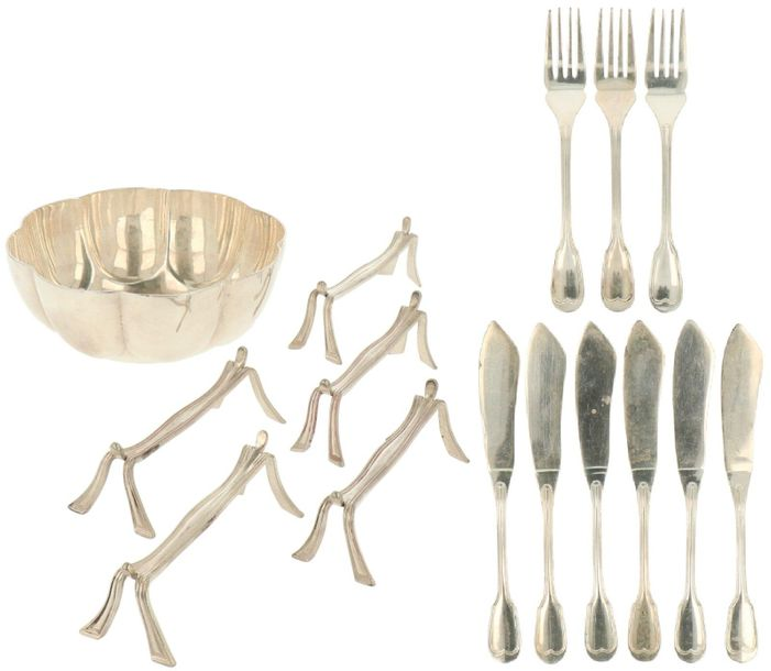 "(15) Piece lot with flatware collection Christofle ""CHINON"" silvered. Consisting…"