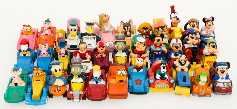 A arge lot o.A. Disney toys cars. A.W. Donald Duck, Muppet show, Snoopy etc. Est…