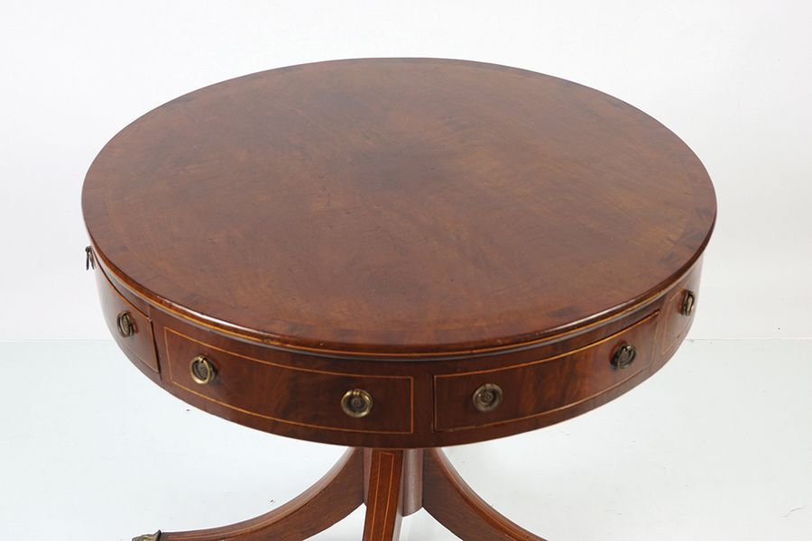 REGENCY PERIOD MAHOGANY DRUM TABLE Circa 1810, the circular shaped top, above a …