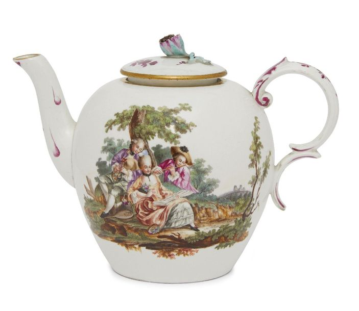 A Hochst porcelain tea pot and cover, mid/late 18th century, of globular form wi…