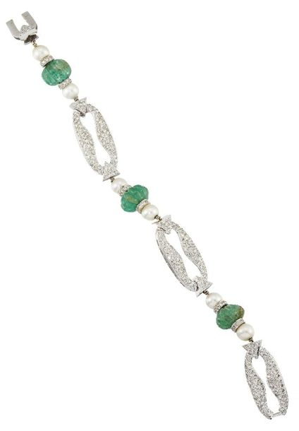 An emerald, diamond and cultured pearl bracelet, composed of a line of four flut…