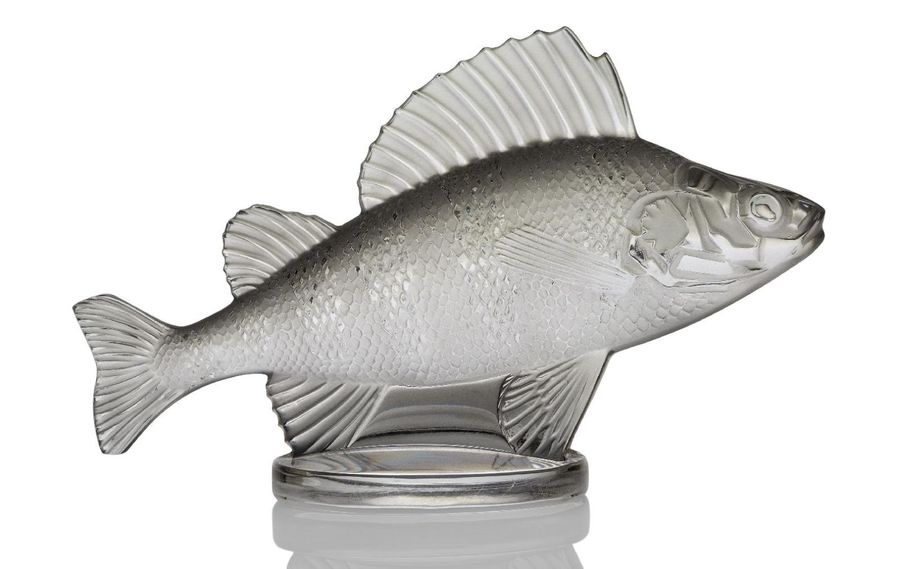 René Lalique (1860 1945), 'Perch' a clear and frosted paper weight  No.11 803, d…