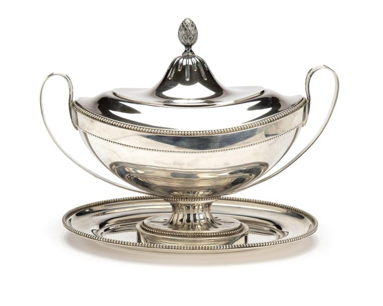 A large Dutch silver tureen in Empire style A large Dutch silver tureen in Empir…