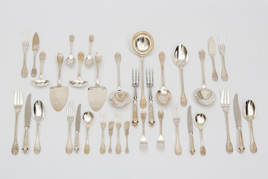 A large French collection of flatware, Puiforcat (142 pieces) A large French col…