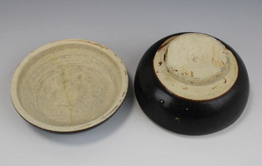 Three pieces of brown glaze pottery Three pieces of brown glaze pottery, Song dy…