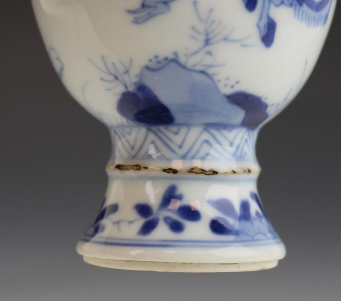 A blue and white small size vase hunting scene A blue and white small size vase …