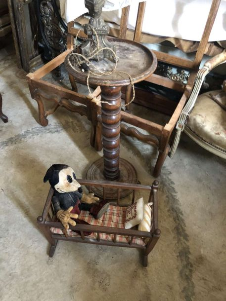 Chassis de fauteuil, console, Mickey ancien