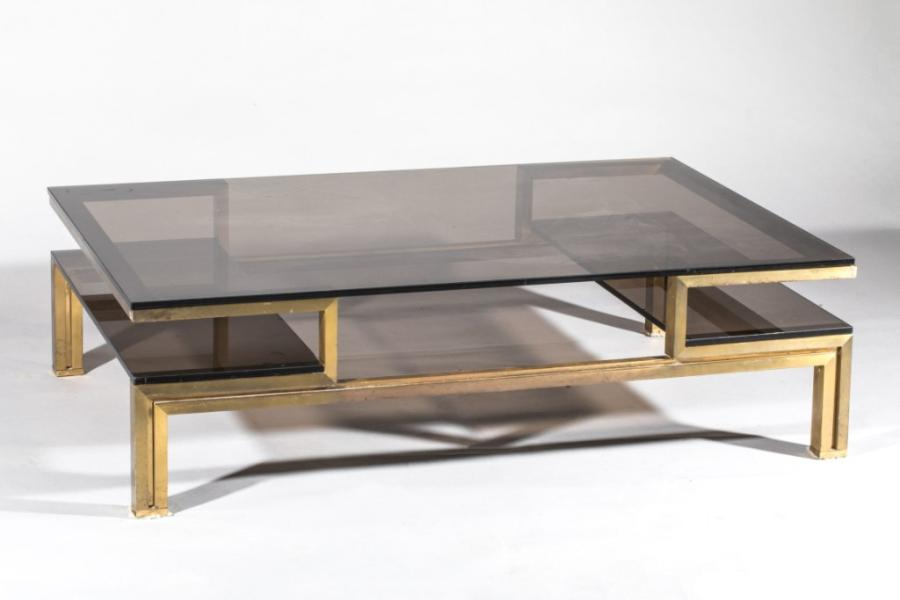 table basse en bronze patin et plateau de verre fum travail dans le. Black Bedroom Furniture Sets. Home Design Ideas