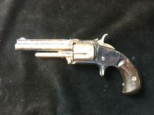 Revolver Smith et Wesson n°1 ½, second issue.  Cinq coups, calibre 32 annulaire.…