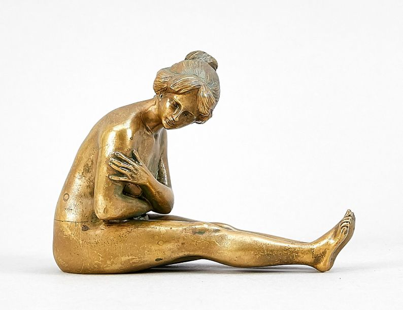 Viennese bronze, female nude as a figural nutcracker, 1st h. 20th century, bronz…