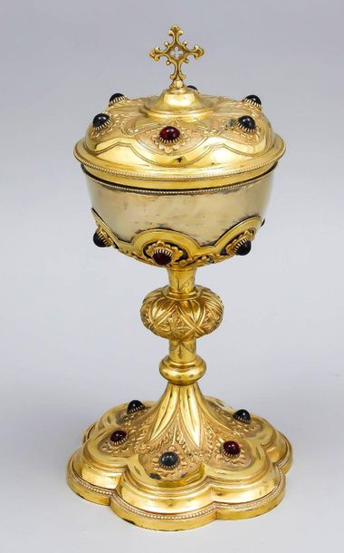 Historistic ciborium, France, late 19th century, hallmarked Kaeppler, silver 950…