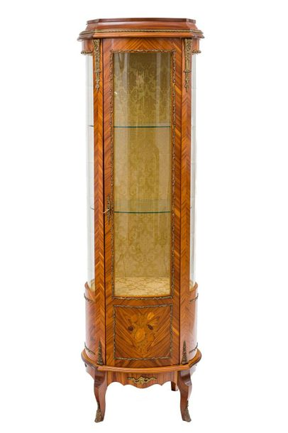 Showcase veneered in bois de roseLombard manufacture, second half of the 20th ce…
