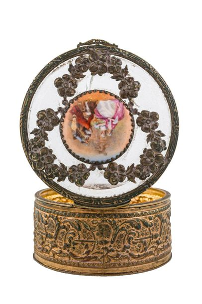 Round box late 19th centurygilded metal, glass lid, centered by miniature, break…