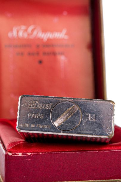 Dupont lighter60'ssilver p lated, in original case, to be revised