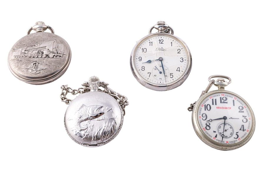 Lot of four pocket watches Perseo, Crasnicof, Hairmatic, D & amp; X, to be revis…