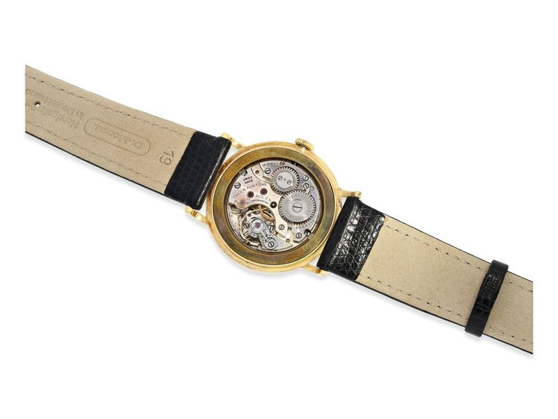 Ca. Ø34mm, 18K gold, pressed back, marked with Rolex crown and serial number 677…