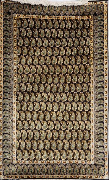 Black Kashmiri Carpet with with Knotted Piasleys All Over Few things are more re…