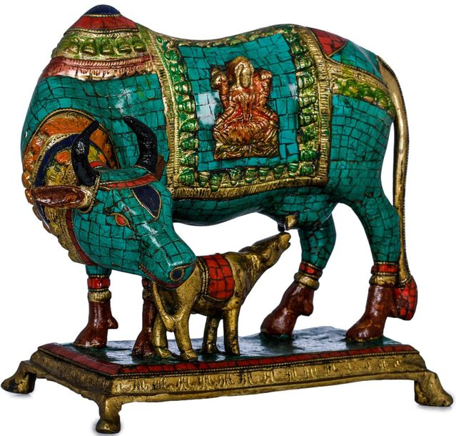 This decorative work of art would be a valuable addition to any Indian home or o…