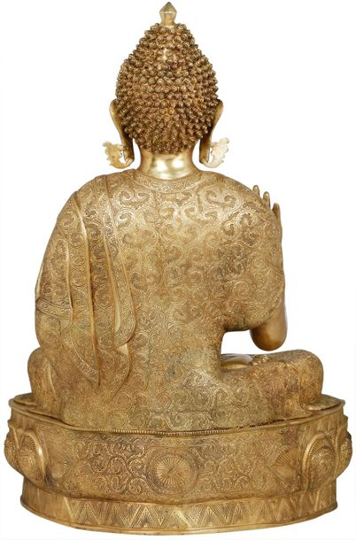A calming image of the padmasana Buddha, the sculpture on this page is a strikin…