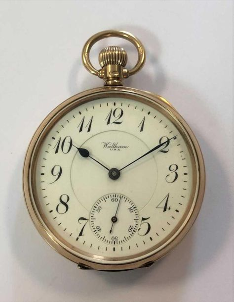 C1919, grade number 642, the signed white dial, 42mm diameter, with black italic…