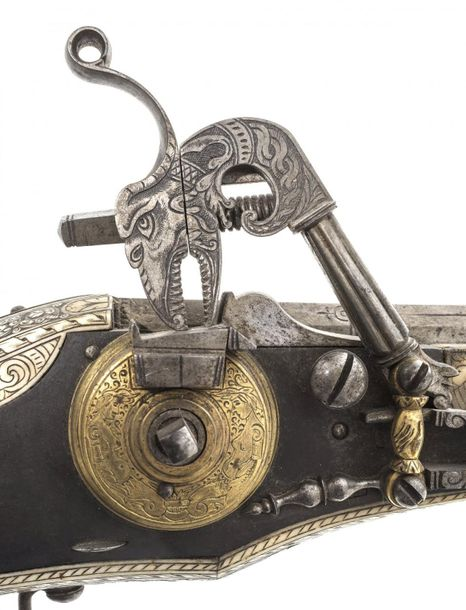 Courtly splendor wheel lock pistol (buffer)Saxony, around 1590. Very rare, museu…