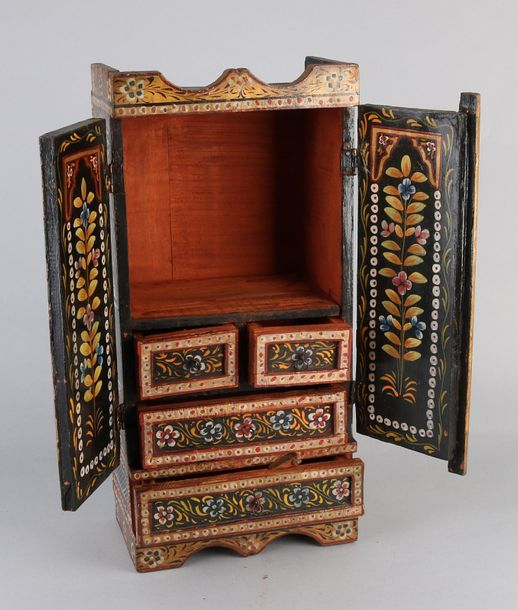 Painted miniature cabinet Oriental hand painted wooden cabinet with figures deco…