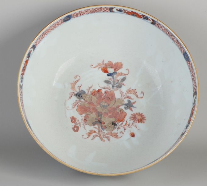 Extraordinary large antique Chinese porcelain Imari bowl with floral / gold deco…
