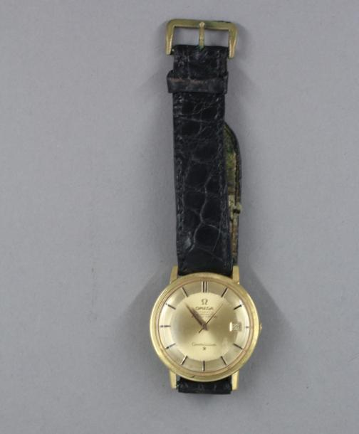 OMEGA, Constellation, 1964  Montre d'homme automatique en or jaune 18k à cadran…