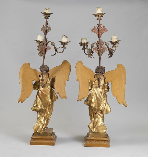 ITALY 17th CENTURY ITALY 17th CENTURY Pair of carved wooden candleholder angels,…