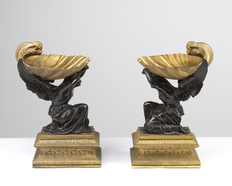 FRANCE, PERIOD OF THE EMPIRE FRANCE, PERIOD OF THE EMPIRE Pair of bronze shelves…