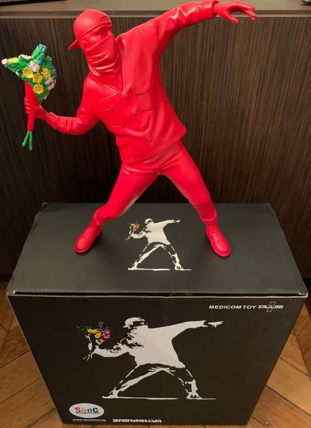 Banksy Banksy (d'après)  Flower Thrower Red, 2019    Sculpture  Medicom Toy Plus…