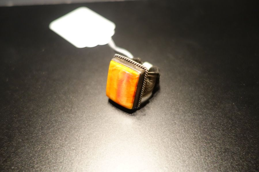 Sterling  Bague, pierre orange  Prix de vente boutique 500