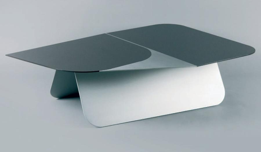 Pierre CHARPIN, né en 1962 «Large C», 2005 collection Platform Table basse de salon…