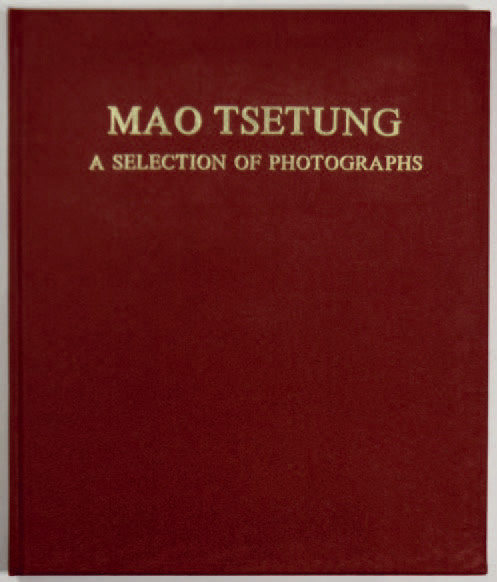 """COLLECTIF """"Mao Tse Tung - a selection of photographs"""", The people's Fine Arts Publishing…"""
