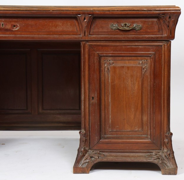 bureau a caissons art nouveau en acajou sculpt motifs v g taux ouvrant. Black Bedroom Furniture Sets. Home Design Ideas