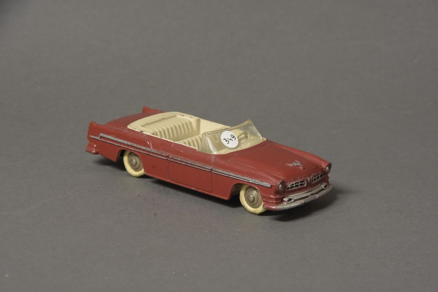 DINKY TOYS FR (1) 24 A CHRYSLER NEW YORKER Rouge/Ivoire xxxx