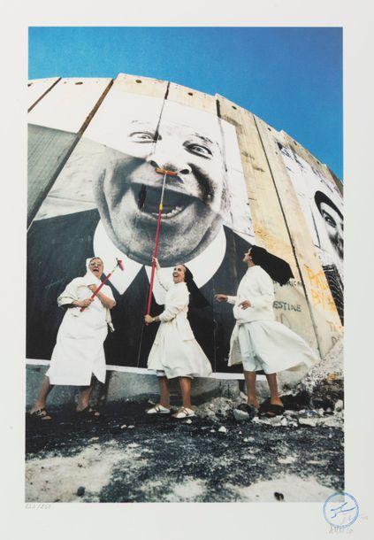 JR (né en 1983) 28 Millimètres. Face 2 Face, Nuns in action, Separation Wall, Security…