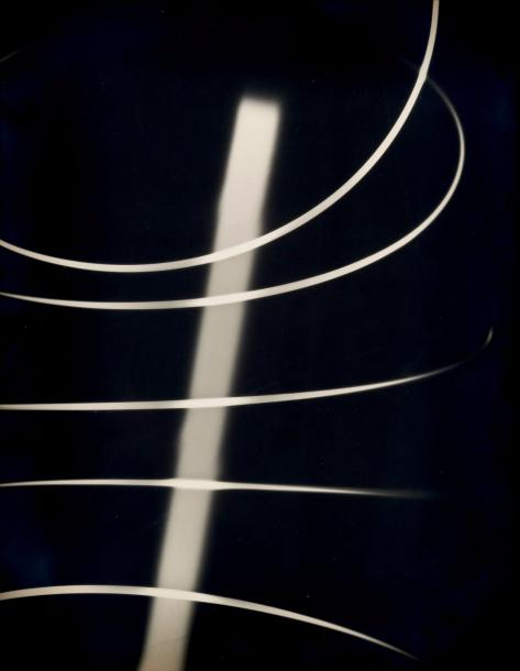 "Willy Kessels (1898-1974) ""Spirales"". Circa 1933 Photogram, épreuve argentique. Tampon…"