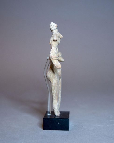 FIGURINE FÉMININE DEBOUT  Culture Colima, Mexique Occidental  Protoclassique, 10…