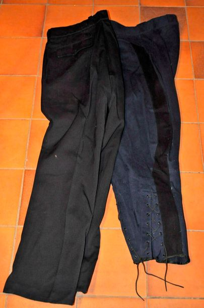 Lot de 2 pantalons d'officier