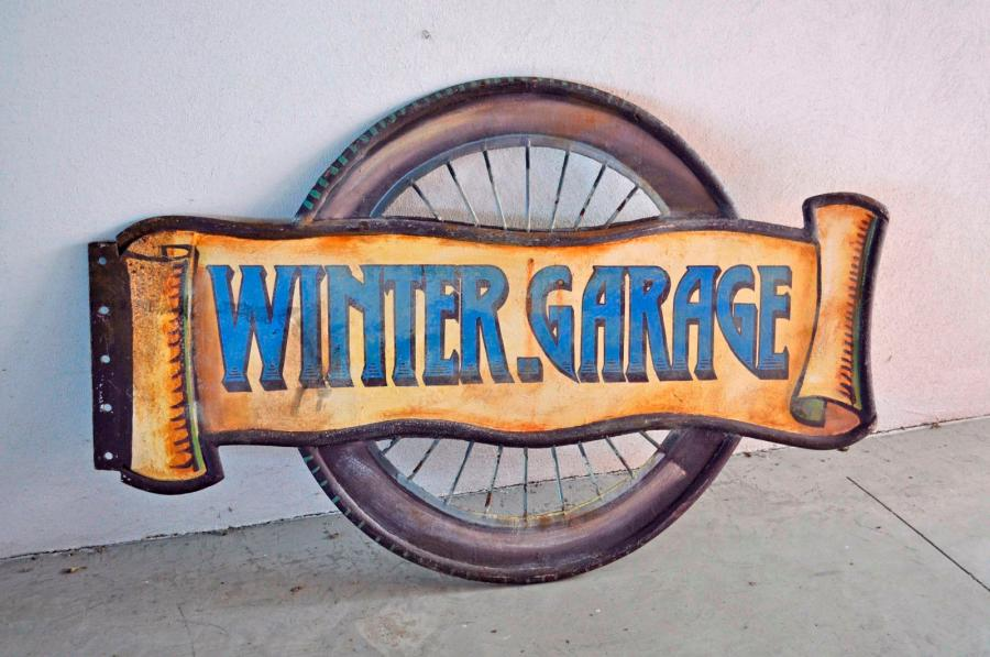 Plaque en fonte double face WINTER GARAGE