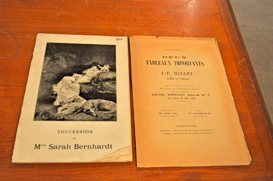 Lot de 2 catalogues de vente: Succession Sarah BERNHARDT. Paris 1923. Me. Loïc Dubreuil.…